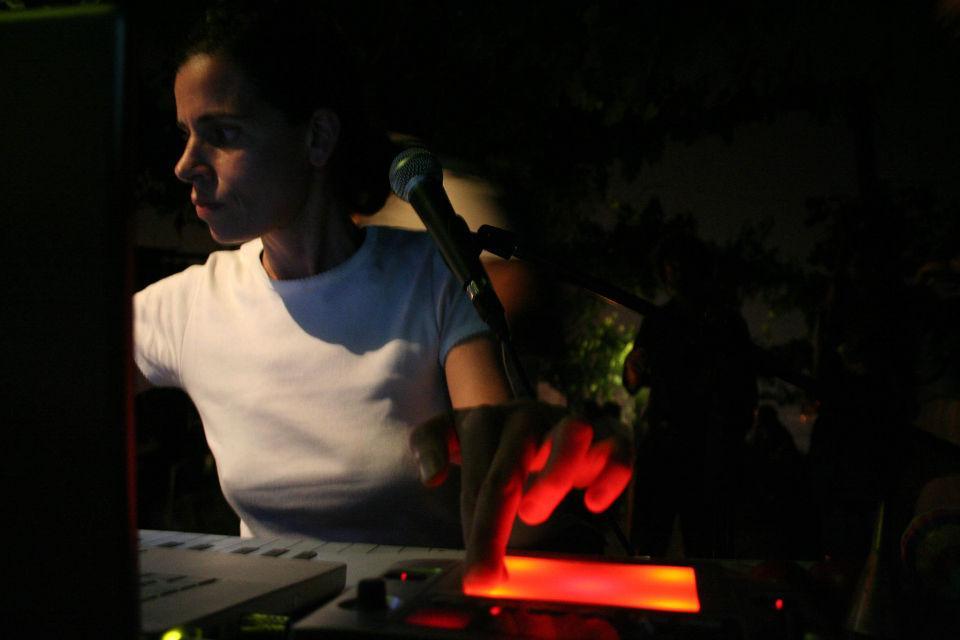 Claudia Huidobro - Roomore